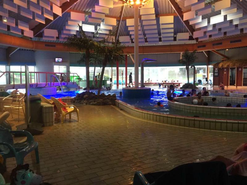Zwembad De Fakkel : Zwembad de fakkel leuk recreatiebad in ridderkerk